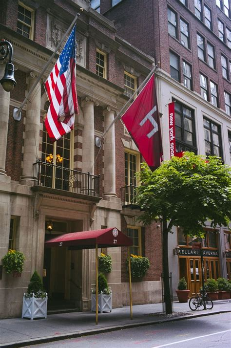 The Algonquin Hotel NYC Review: A Legacy From the Past