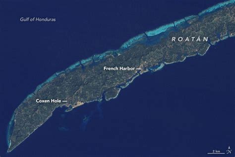 How Tourism Changed the Face of Roatán : Image of the Day