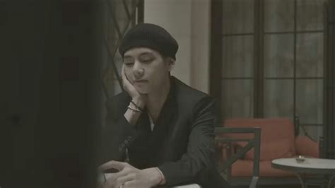 """BTS' V Serenades With Sweet English Song """"Winter Bear"""" In"""