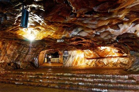 The Salts of Time: Inside the Khewra Mine - Youlin Magazine