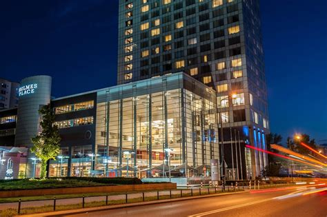Hilton Warsaw Hotel & Convention Centre: 2018 Room Prices
