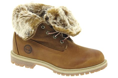 chaussures femme bottes fourrees