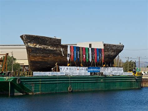 City of Adelaide Clipper Ship arrives in Adelaide: Micro