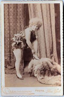 Old Photo - Russian Lady Dancer? - The Graphics Fairy