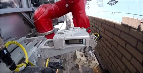 Build it, SAM – Check out the Robotic bricklayer