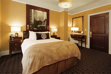 Historic Hotel NYC | The Algonquin Hotel, Times Square