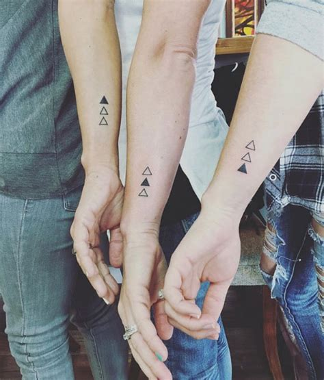 45 Sister Tattoos That Will Go Down As Some Of The